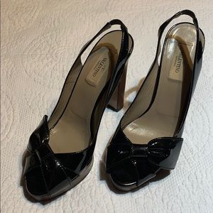 Valentino Patton leather sling back bow heels. 38
